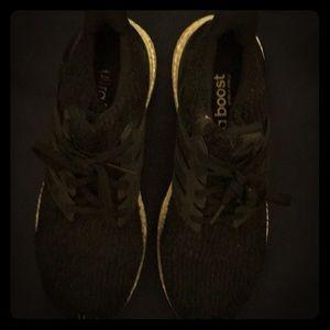 Adidas Ultra boost. Size 8 1/2